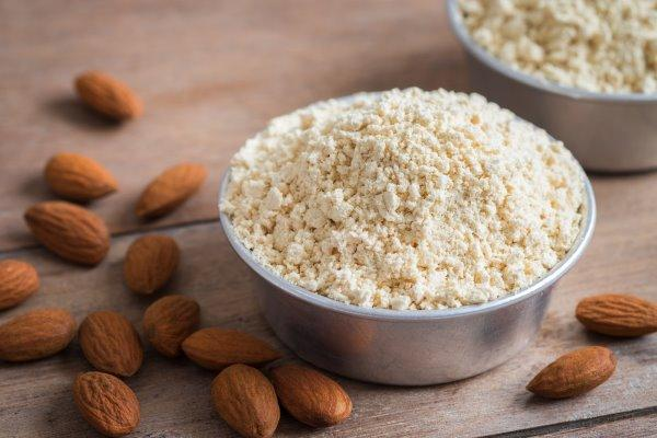 10 beneficios de la harina de almendras y cómo usar