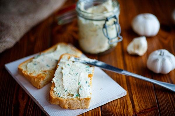 pasta de pan de ajo