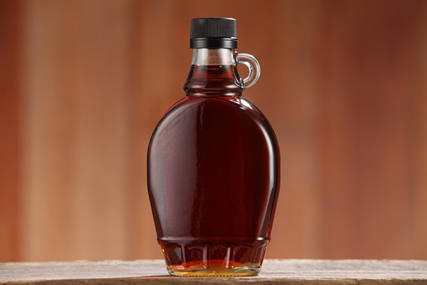 botella de jarabe de arce