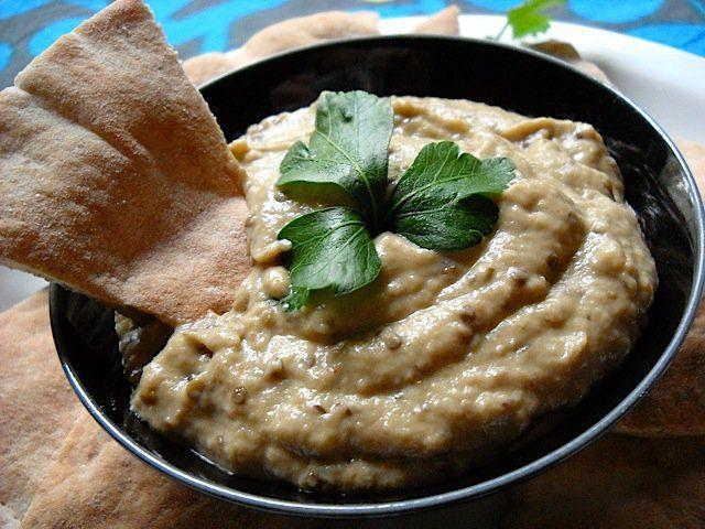 Pasta de berenjenas árabe