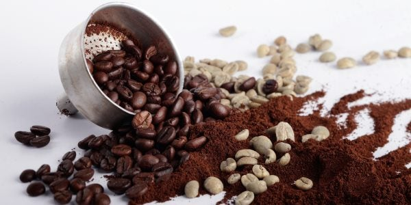 Algunos buenos usos del café molido para mantener su belleza