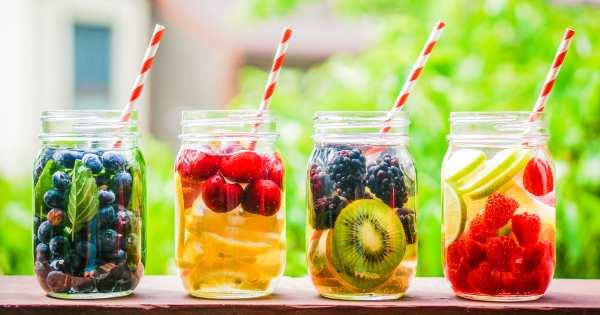 Desintoxicación del agua: 4 recetas efectivas para quemar grasa
