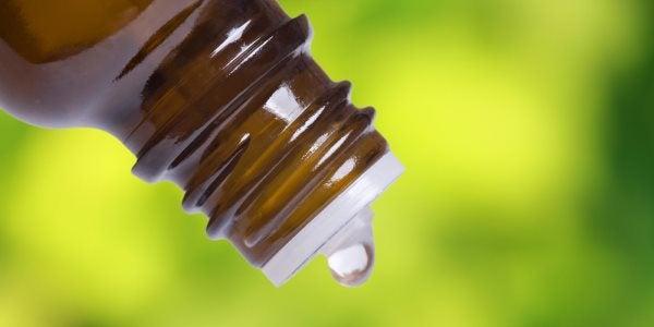 Todo sobre el aceite de copaiba: para qué sirve, beneficios, contraindicaciones
